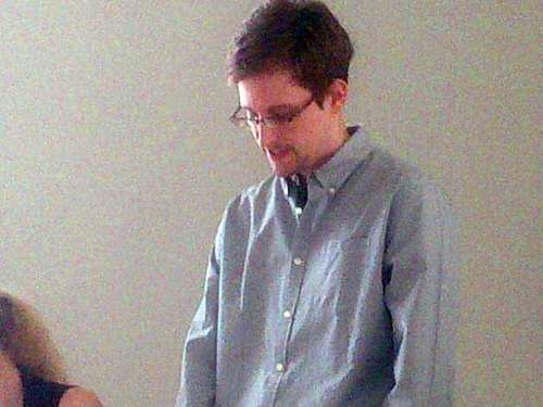"Snowden: ""Ich war High-Tech-Spion"""
