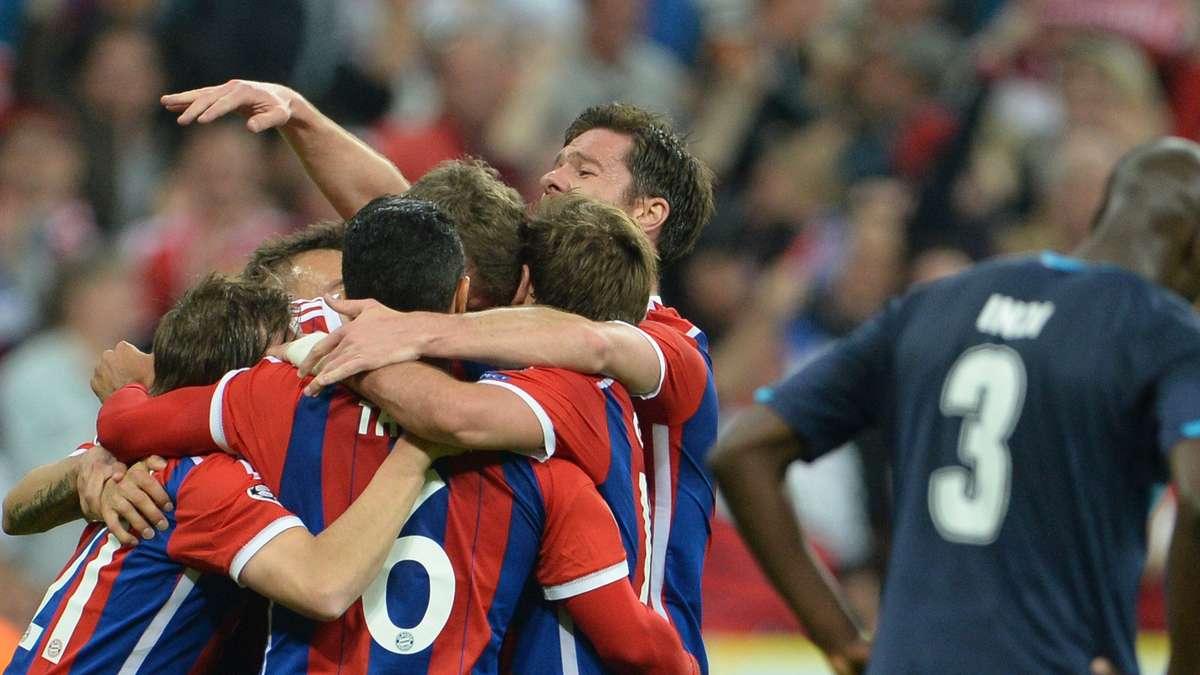 Bayern Porto Ticker