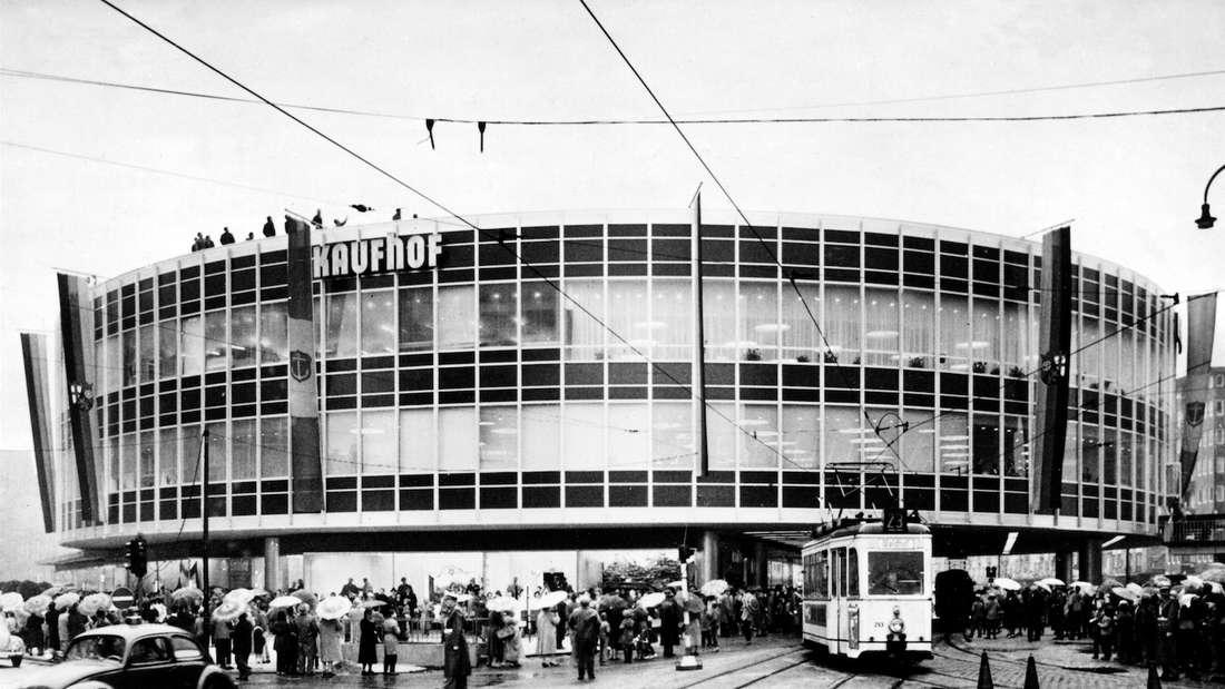 Das Kaufhaus zu Zeiten seiner Eröffnung im Jahr 1960.