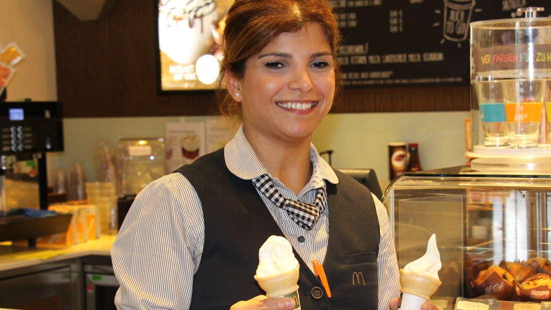 McDonalds-Schichtleiterin Maryam Shiripour (33) schenkt behinderten Kindern Eis, weil sie kein Geld dabei haben.