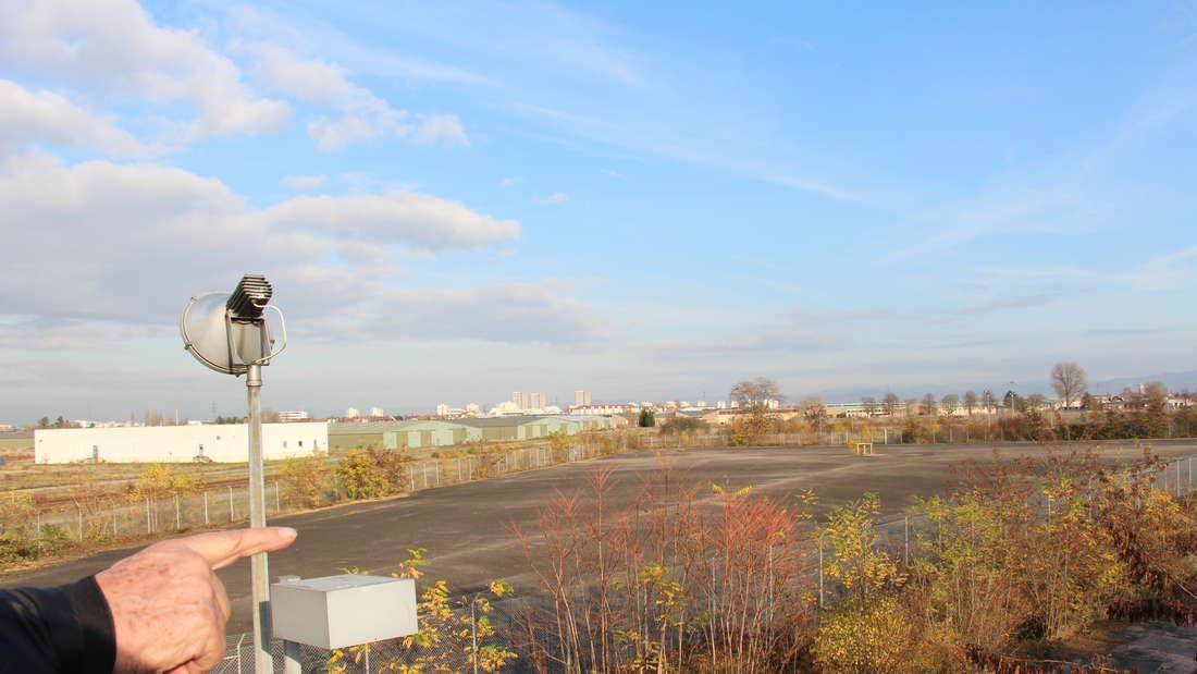 Der neue grüne Aussichtsturm zur BUGA23 an den Spinelli Barracks