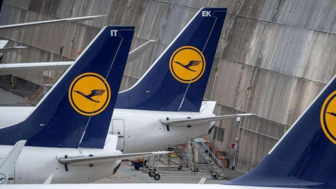 Lufthansa will sein Personal um mehr als 4000 Mitarbeiter aufstocken. Vor allem bei der Billigtochter Eurowings sowie der Airline CityLine wird aufgestockt. Foto: Boris Roessler/Archiv