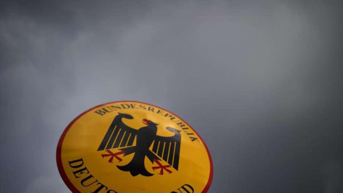 Bayerns Innenminister hat Hoffnungen auf ein schnelles Ende der Grenzkontrollen gedämpft. Foto: Arno Burgi