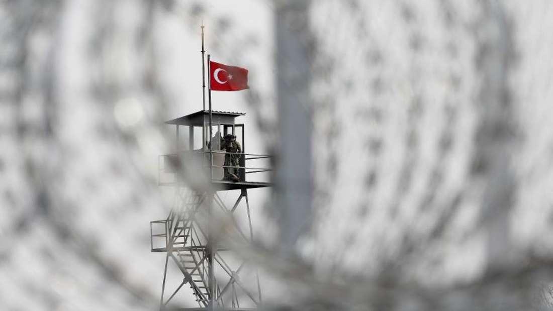 Mit dem Geld, von dem noch nichts ausbezahlt ist, sollen die Lebensbedingungen der inzwischen 2,5 Millionen Syrien-Flüchtlinge in der Türkei verbessert werden. Foto: Nikos Arvanitidis