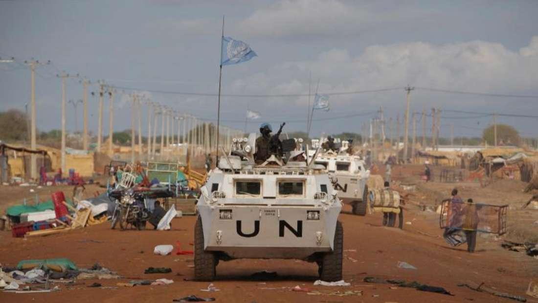 Ein Wagen der UN bei einer Patrouillenfahrt inAfrika.Foto: Stuart Price/Archiv/Illustration