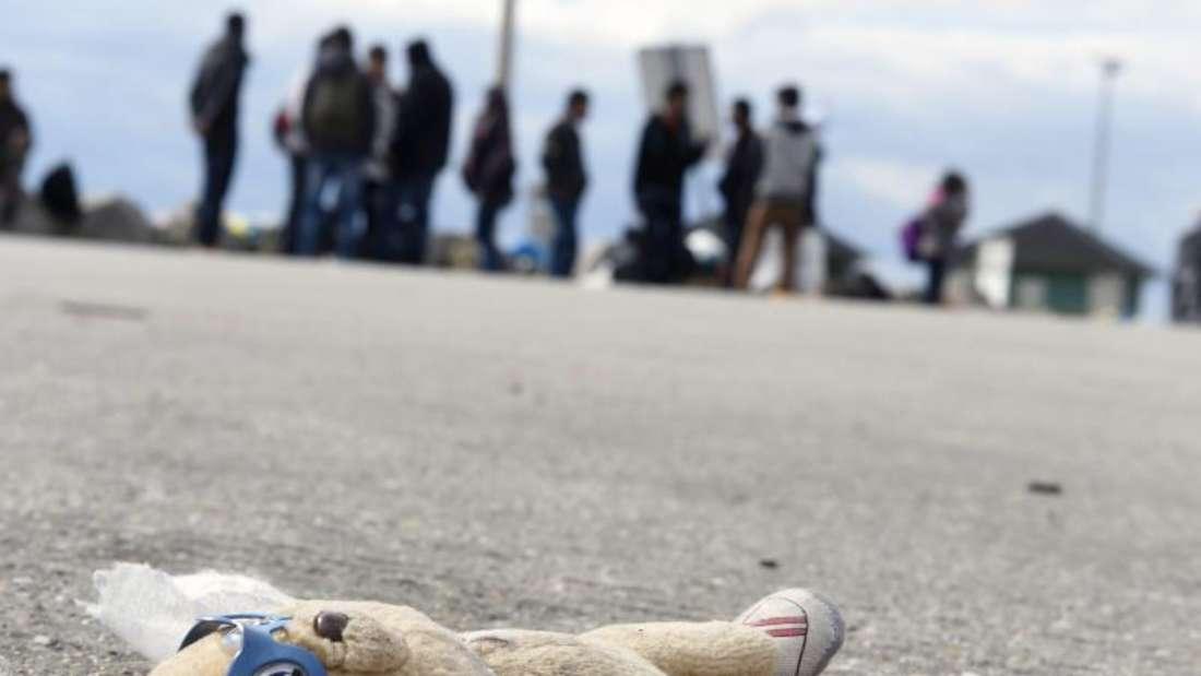 Insgesamt seien im vergangenen Jahr vermutlich rund 270 000 Kinder unter den eine Million Flüchtlingen gewesen. Foto: Herbert P. Oczeret