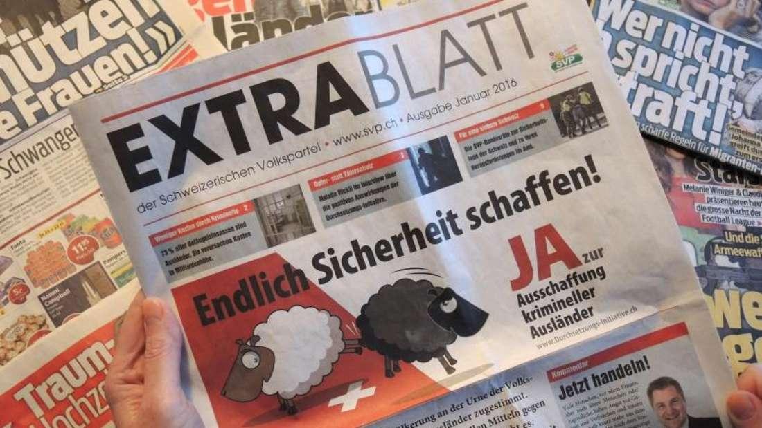 «Extrablatt» der Schweizerischen Volkspartei (SVP). Die Schweizer stimmen über eine Verschärfung der Ausweisung krimineller Ausländer ab. Foto:Thomas Burmeister