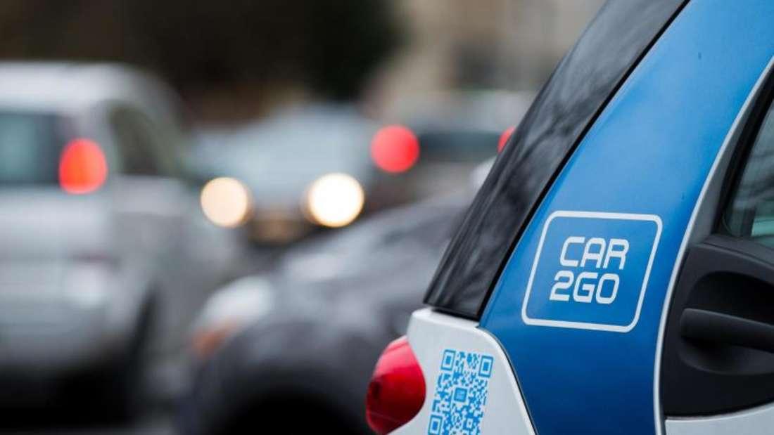 Auto des Carsharing-Unternehmen Car2Go in Köln. Carsharing ist in Großstädten beliebt. Foto: Rolf Vennenbernd/Archiv