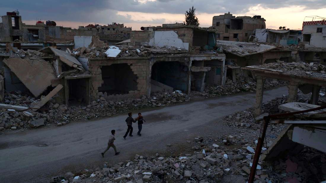 Seit Freitagabend herrscht in Syrien zwischen den Bürgerkriegsparteien eine instabile Waffenruhe.