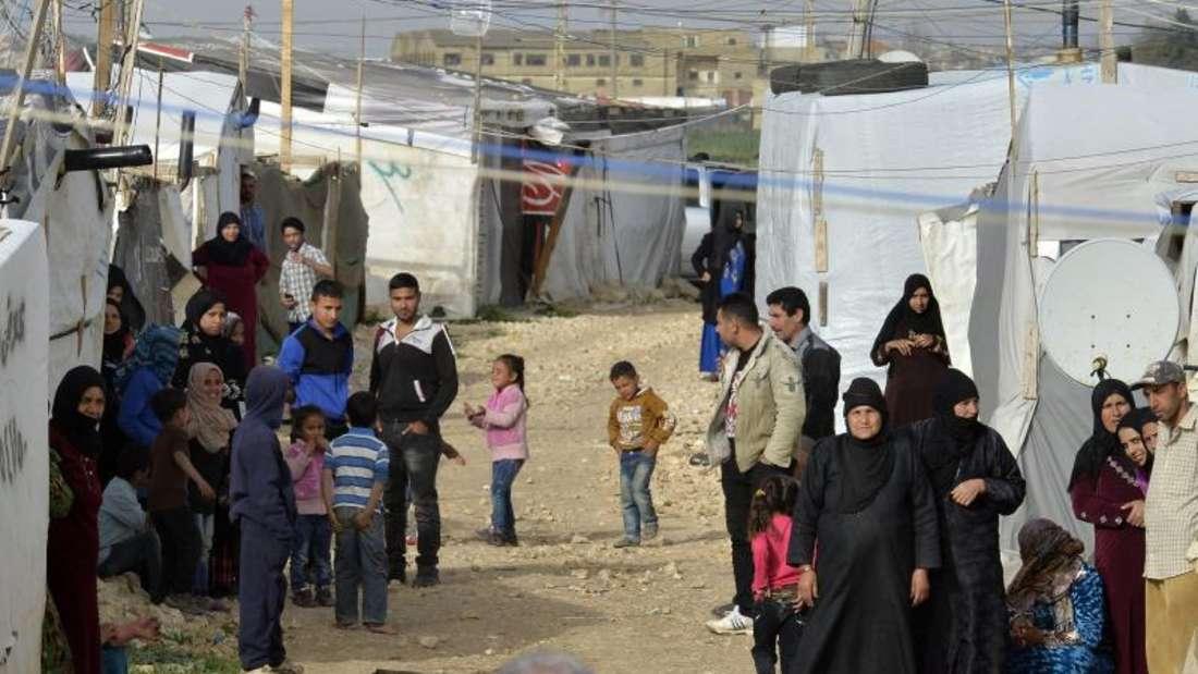 Das Flüchtlingshilfswerk der Vereinten Nationen schätzt, dass derzeit 1,5 Millionen syrische Flüchtlinge im Libanon leben.