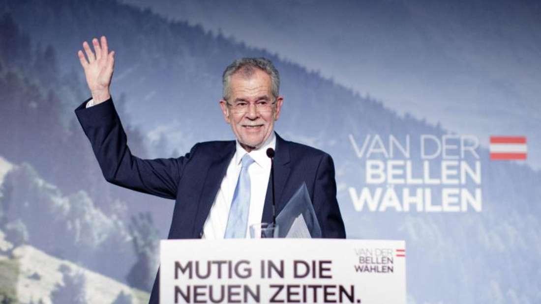 Der ehemalige Chef der österreichischen Grünen, Alexander Van der Bellen. Der 72-Jährige ist Wirtschaftsprofessor und bekennender Raucher. Foto: Lisi Niesner