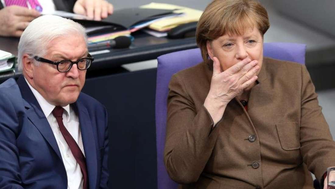 Angela Merkel hat es laut «Spiegel» abgelehnt, eine Kandidatur von Außenminister Frank-Walter Steinmeier für eine mögliche Gauck-Nachfolge mitzutragen.