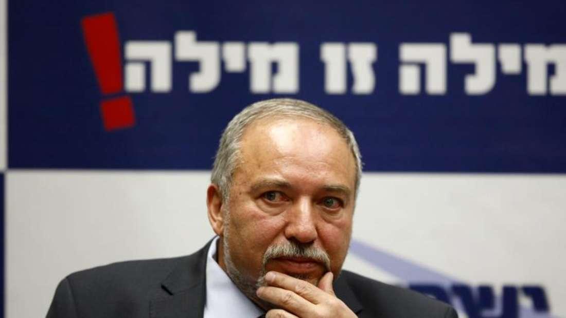 Israels Ex-Außenminister Avigdor Lieberman ist im Parlament als neuer Verteidigungsminister vereidigt worden. Foto: Abir Sultan