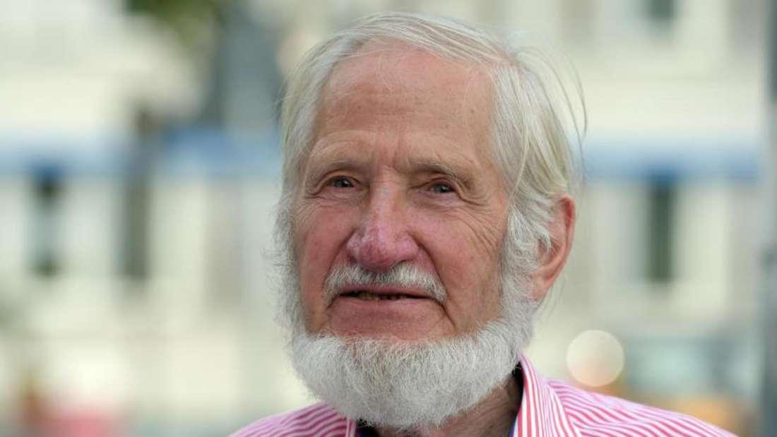 Der Gründer der Hilfsorganisationen Cap Anamur, Rupert Neudeck. Foto: Rainer Jensen/Archiv