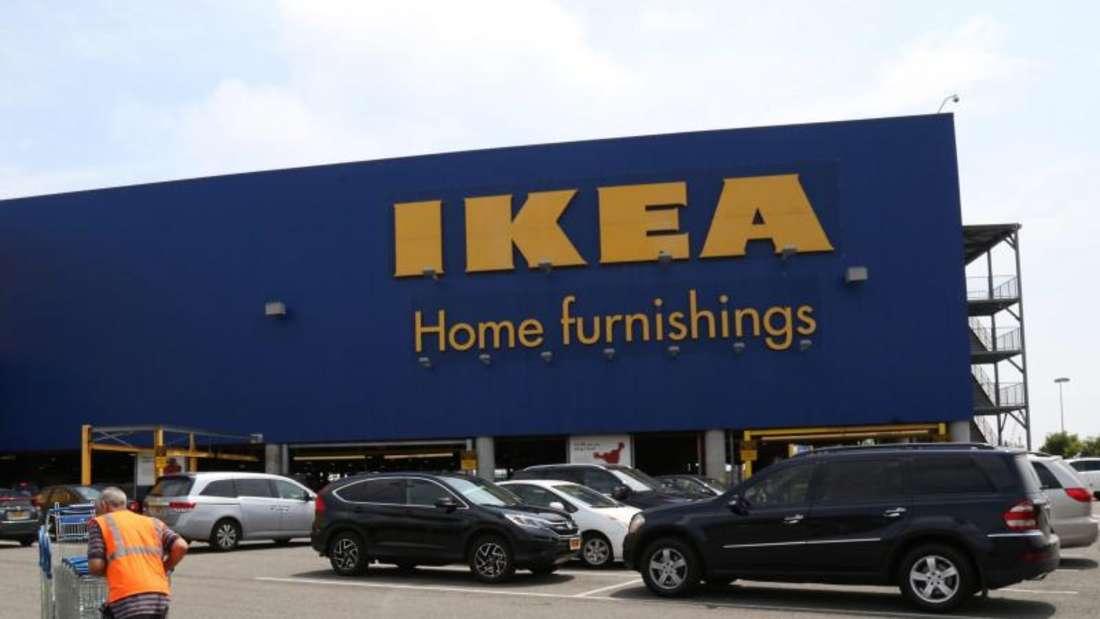Ikea-Möbelhaus im New Yorker Stadtteil Brooklyn: Nach dem Tod mehrerer Kleinkinder rufen die Schweden in den USA und Kanada rund 36 Millionen Kommoden zurück. Foto: Andrew Gombert