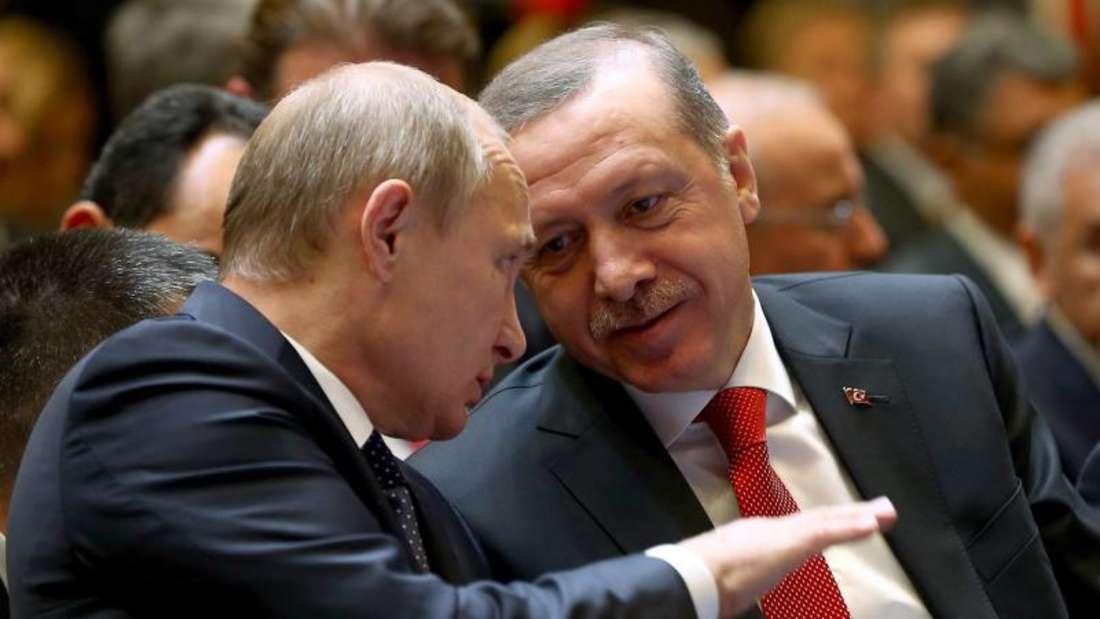 Russland und die Türkei nähern sich wieder an. Putin will die gegen die Türkei verhängten Sanktionen aufheben. Foto:Turkish Presidential Press Office