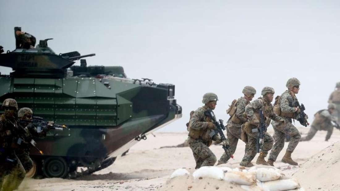 US-amerikanische Nato-Soldaten während eines Marinemanövers im polnischen Ustka. Foto: Kay Nietfeld