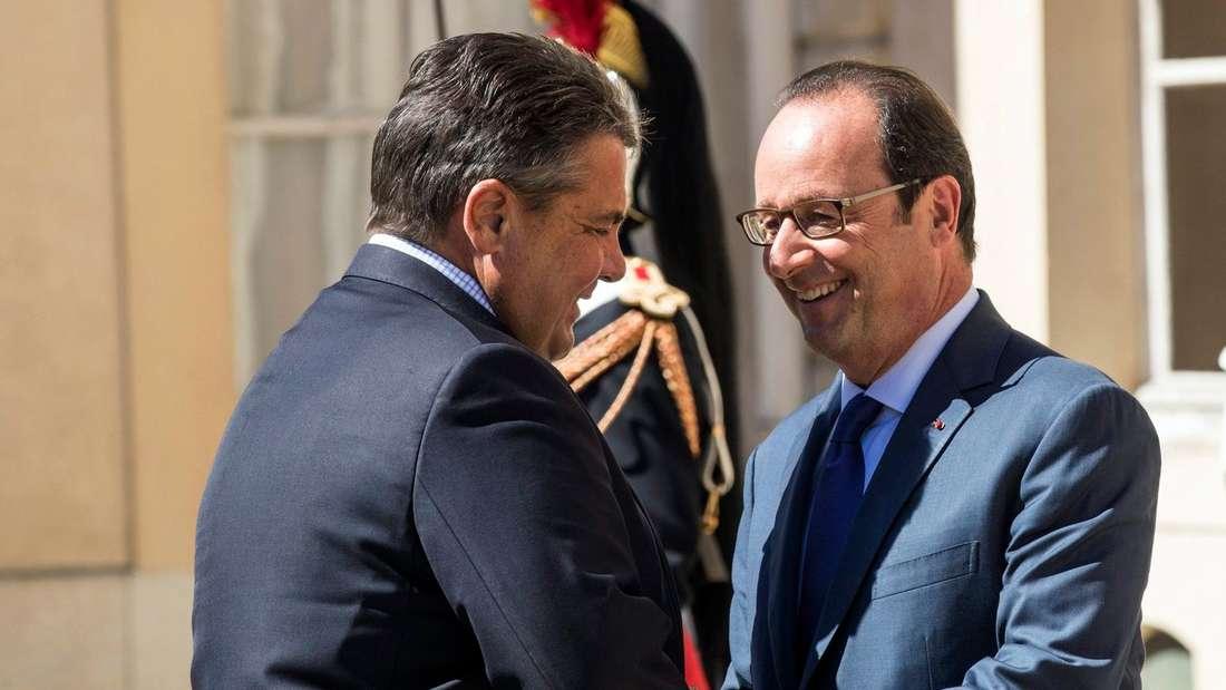 Zwei die sich verstehen: Sigmar Gabriel und Francois Hollande.