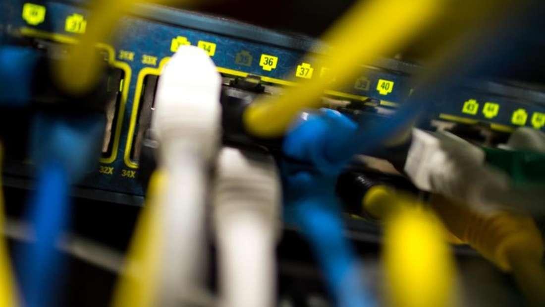 Internet-Anbieter dürfen Diensten wie Streaming-Plattformen in Europa künftig bei Erreichen des Datenlimits keine großzügigen Sonderregelungen mehr einräumen und ihnen so einen Wettbewerbsvorteil verschaffen. Foto: Matthias Balk