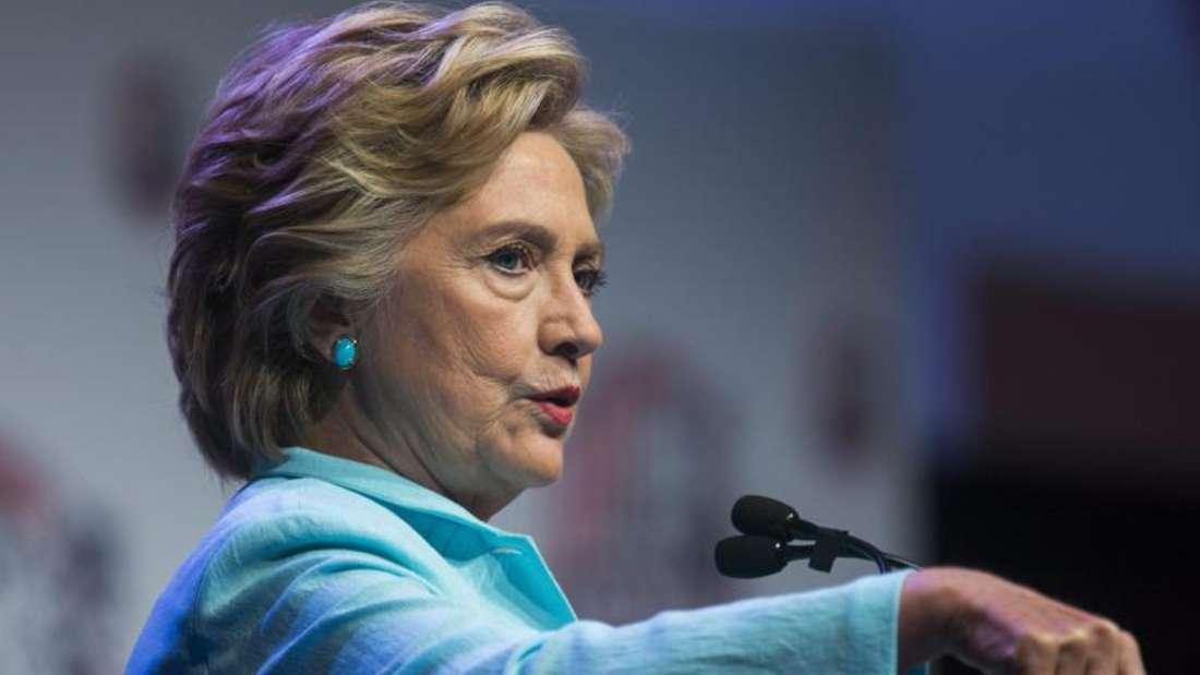 Hillary Clinton Beliebtheitswerte sind in den USAauf Talfahrt. Foto: Jim Lo Scalzo