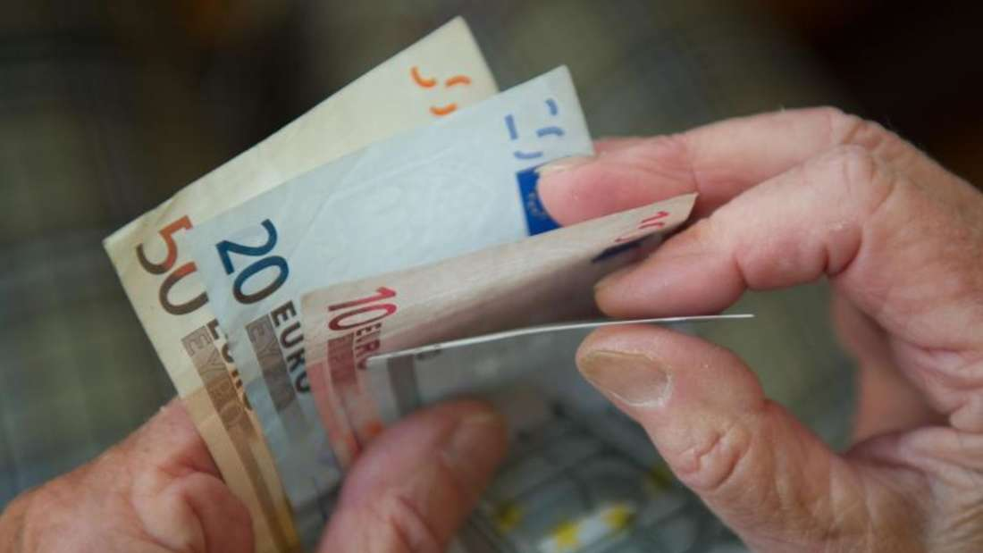 Bundesarbeitsministerin Andrea Nahles plant eine Angleichung der Renten in zwei Schritten. Foto: Marijan Murat