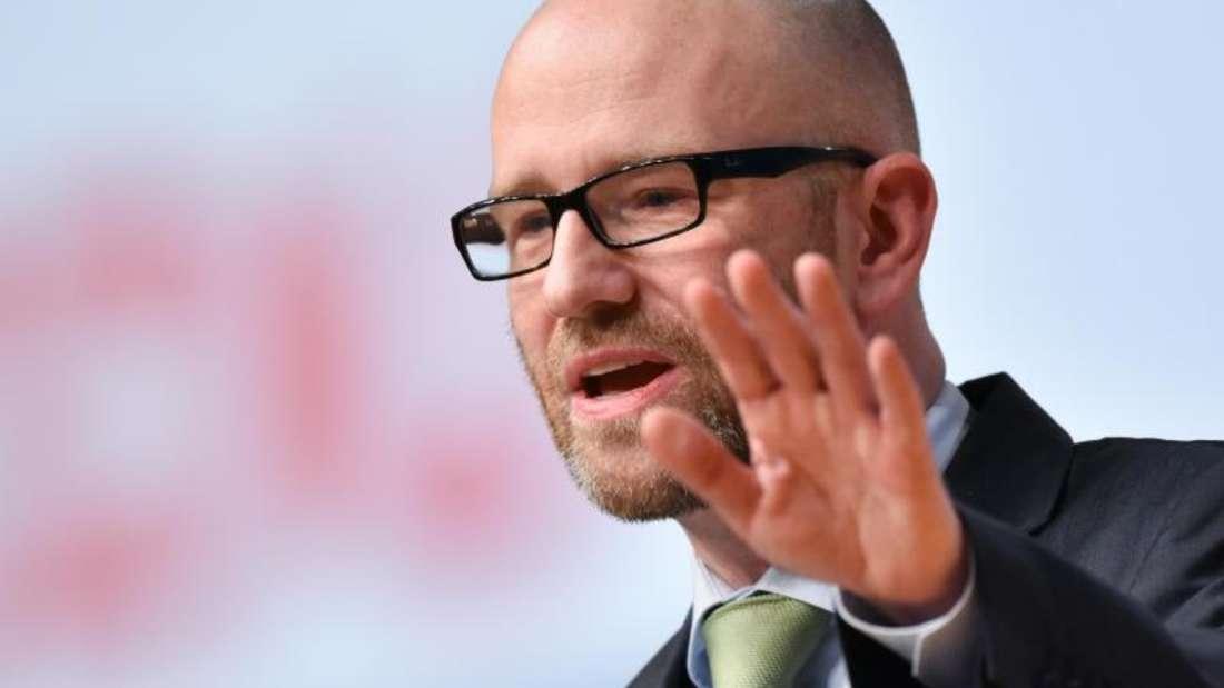 Die Vorwürfe gehen mehrere Jahre zurück auf Taubers Zeit als Kreisvorsitzender.