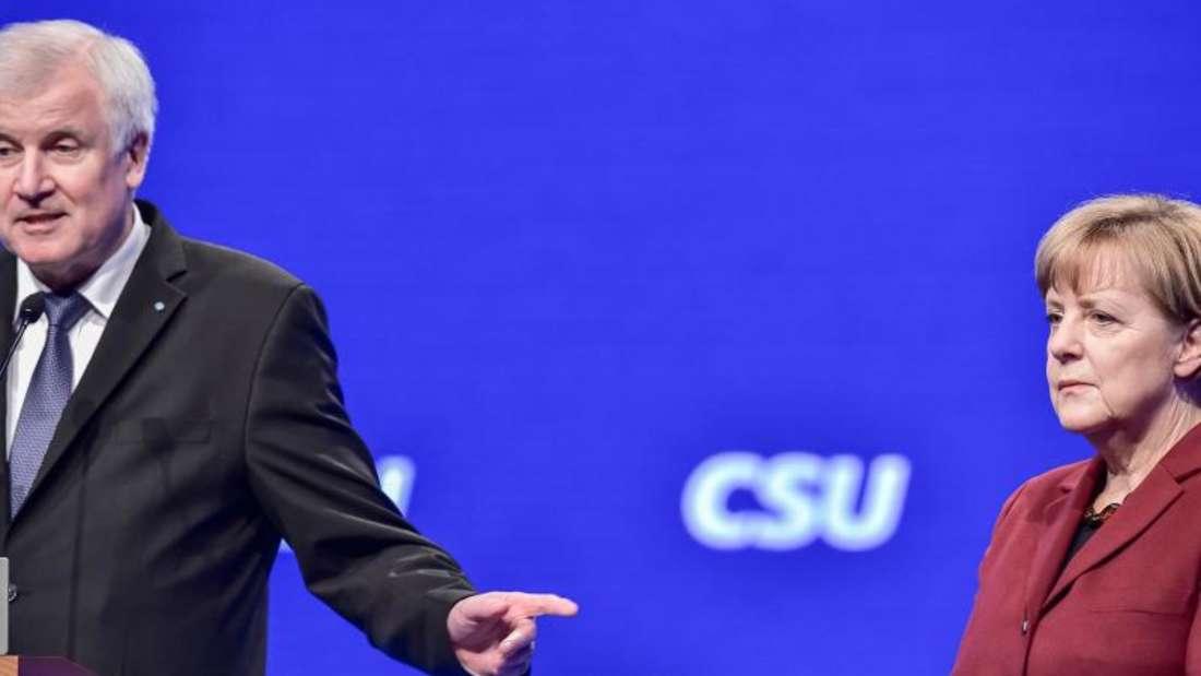 Bundeskanzlerin Merkel im vergangenen Jahr auf dem CSU-Parteitag in München. Foto: Peter Kneffel/Archiv