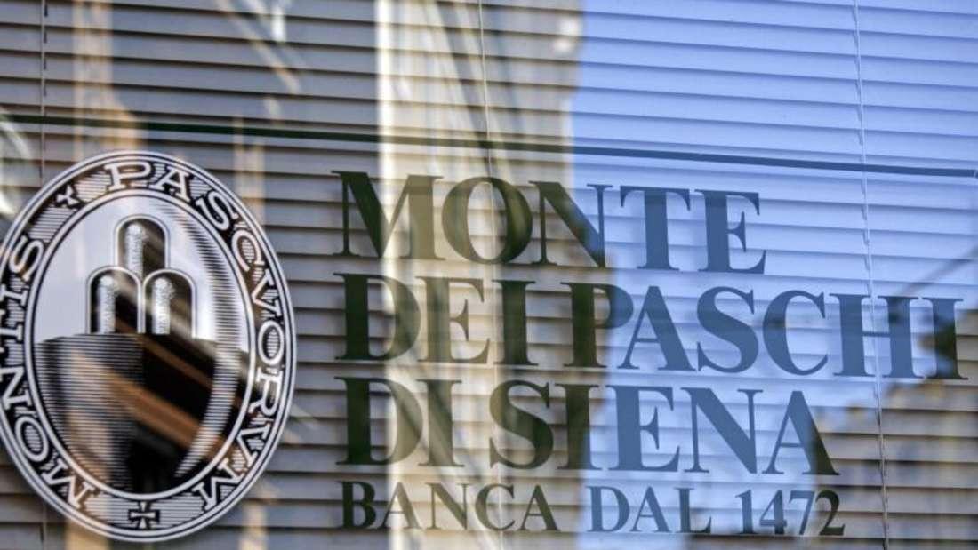 Darf von Italien staatliche Hilfen bekommen: Die taumelnde Krisenbank Monte dei Paschi di Siena. Foto: Lars Halbauer