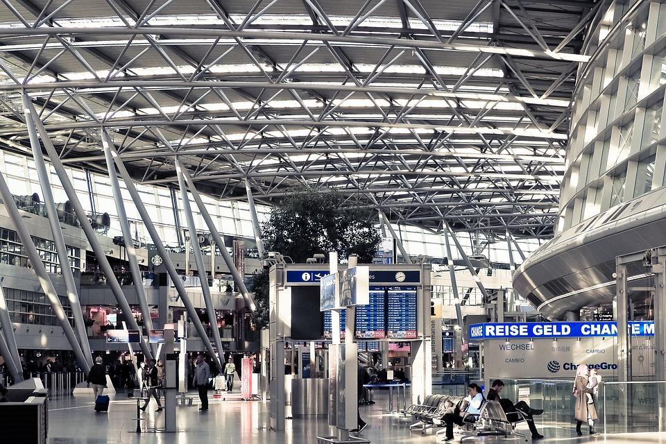 Niedlich Boeing Fliegen Mit Dem Drahtesel Galerie - Elektrische ...