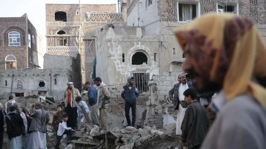 Ort eines Luftangriffs in Jemens Hauptstadt Sanaa. Foto:Hani Mohammed