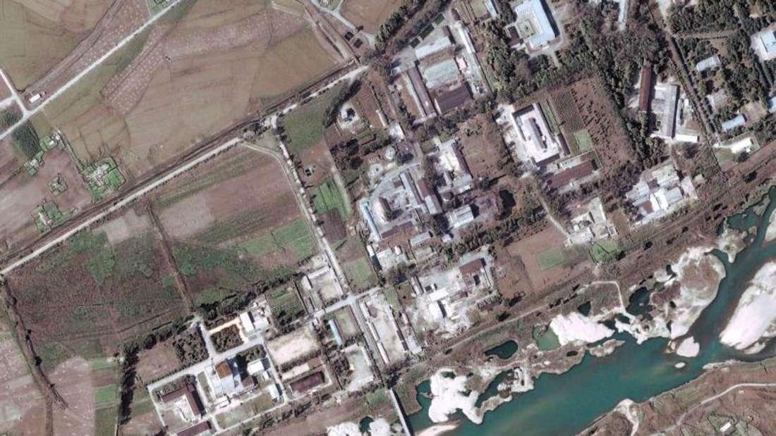 Die nordkoreanische Atomanlage Yongbyon auf einem Satellitenbild aus dem Jahr 2004. Foto: Digitalglobe