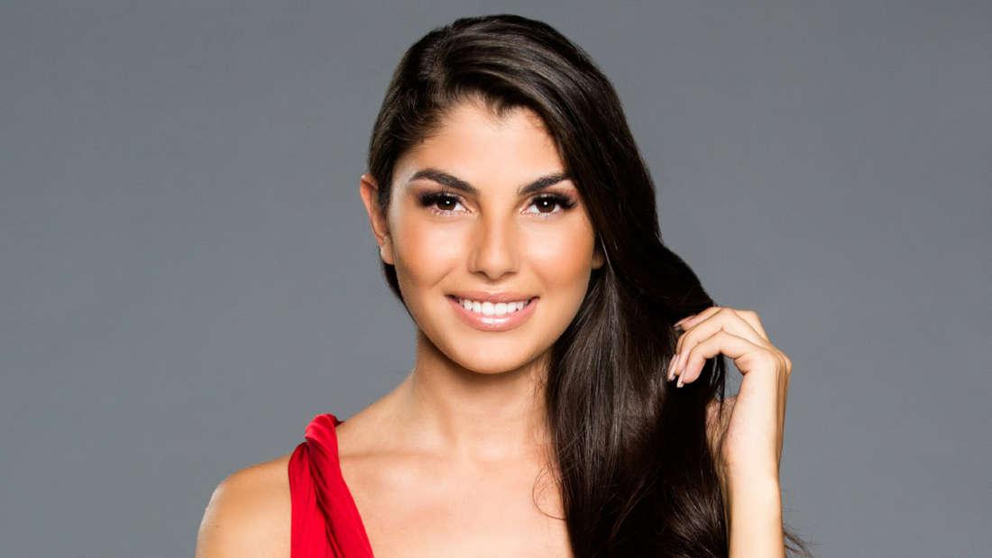 Kandidatin Yeliz soll dem Bachelor Daniel Völz in der Nacht der Rosen eine Backpfeife geben.