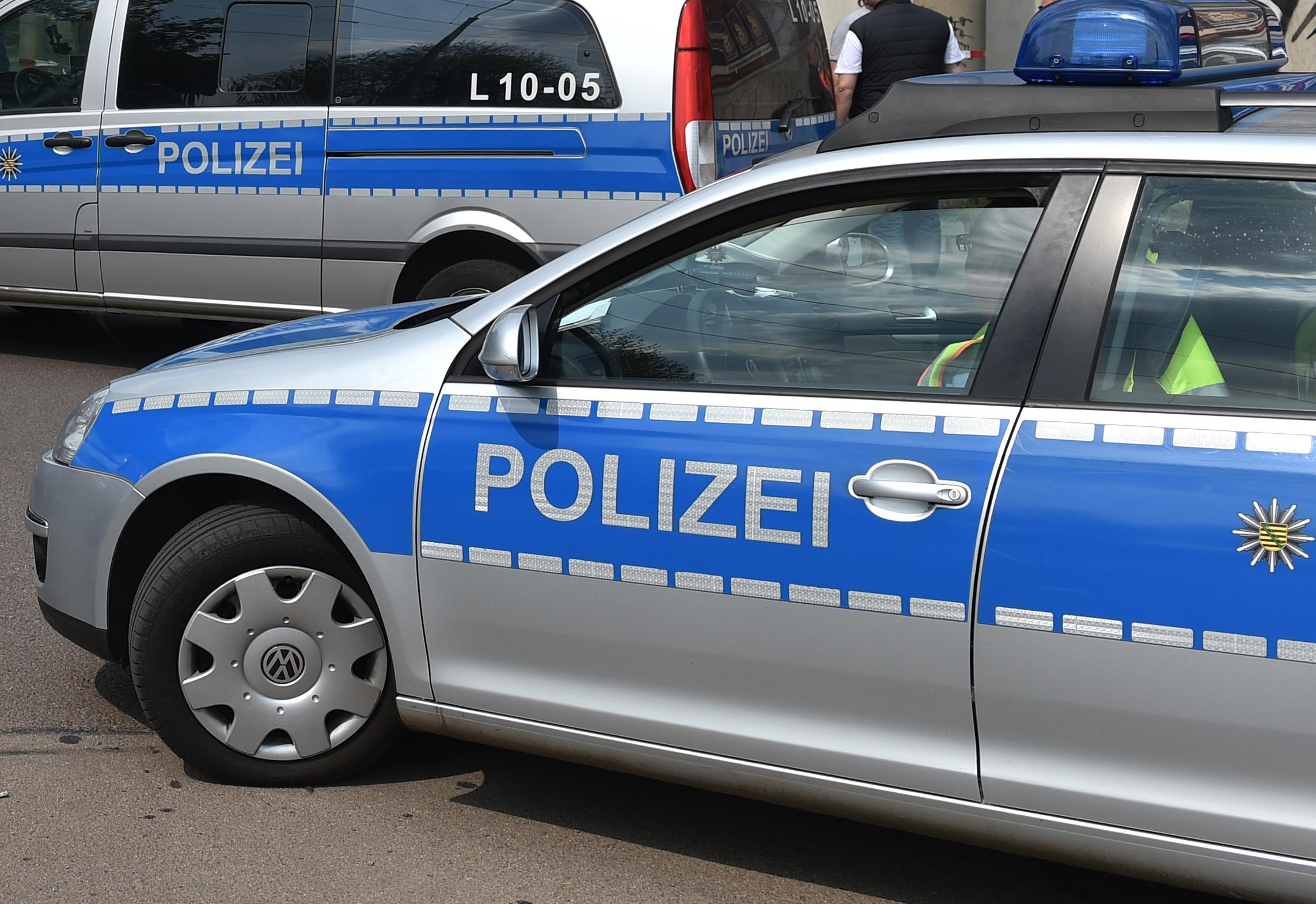 Polizei ermittelt wegen Dating-App stechen Dating-Kontakt