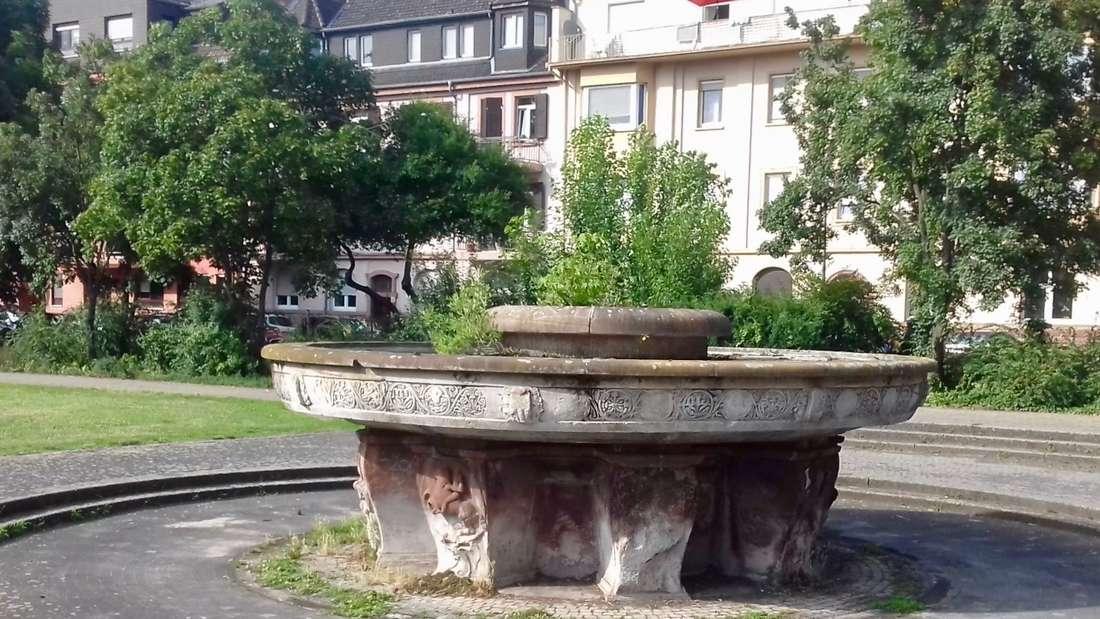 Der Brunnen am Danziger Platz stammt aus der NS-Zeit.
