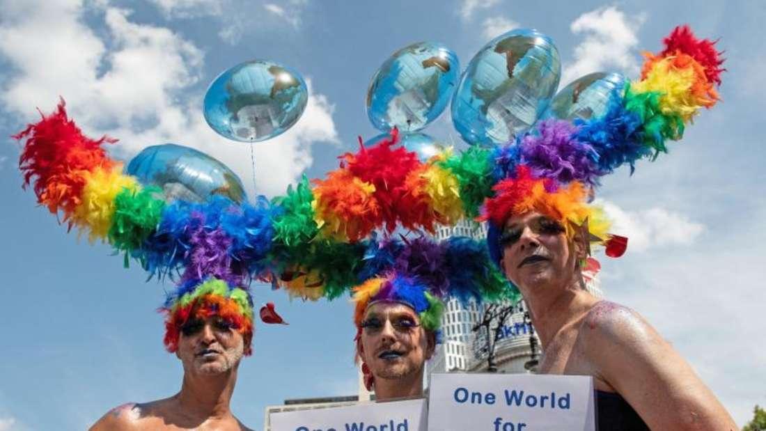 Die traditionelle Parade der Homosexuellen findet zum 40. Mal in Berlin statt. Foto:Paul Zinken