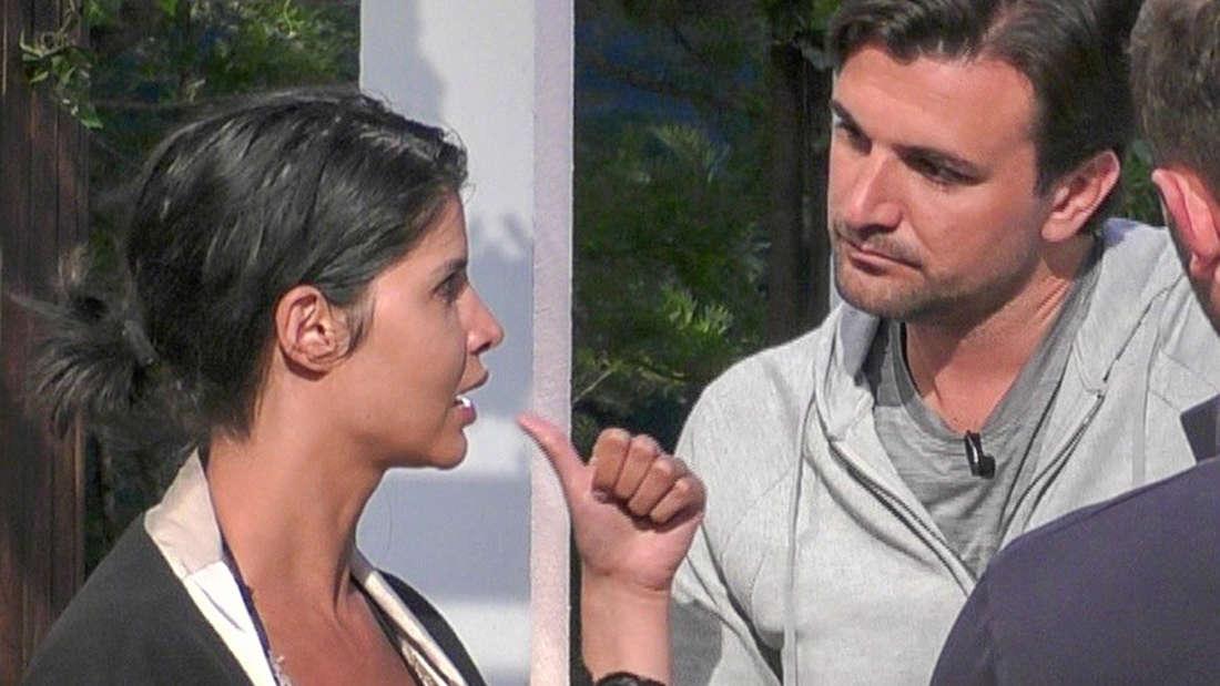 """Es ist nicht das erste Paar, das sich nach dem""""Sommerhaus der Stars"""" trennt: Micaela Schäfer und Felix Steiner legen eine Pause ein."""