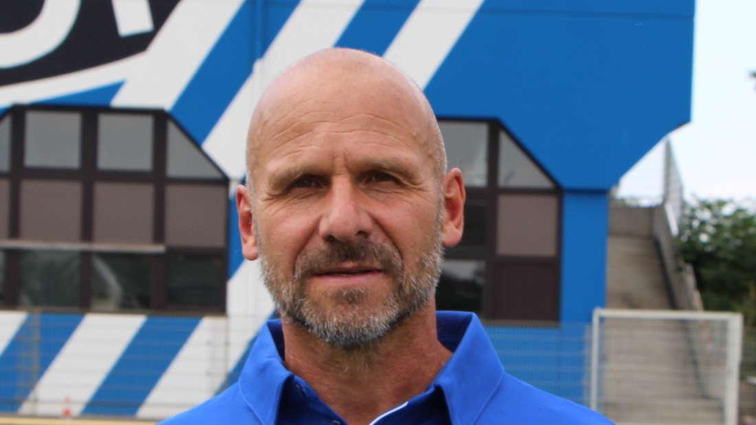 Bernhard Trares ist Chef-Trainer des SV Waldhof Mannheim.