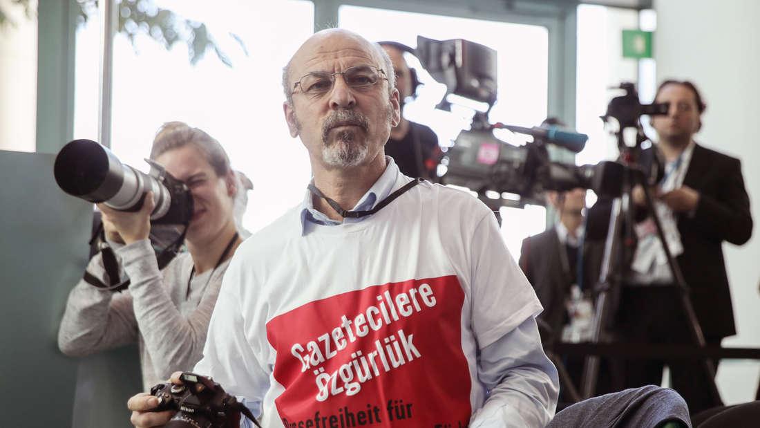 Der türkische Journalist und Erdogan-Kritiker Adil Yigit.