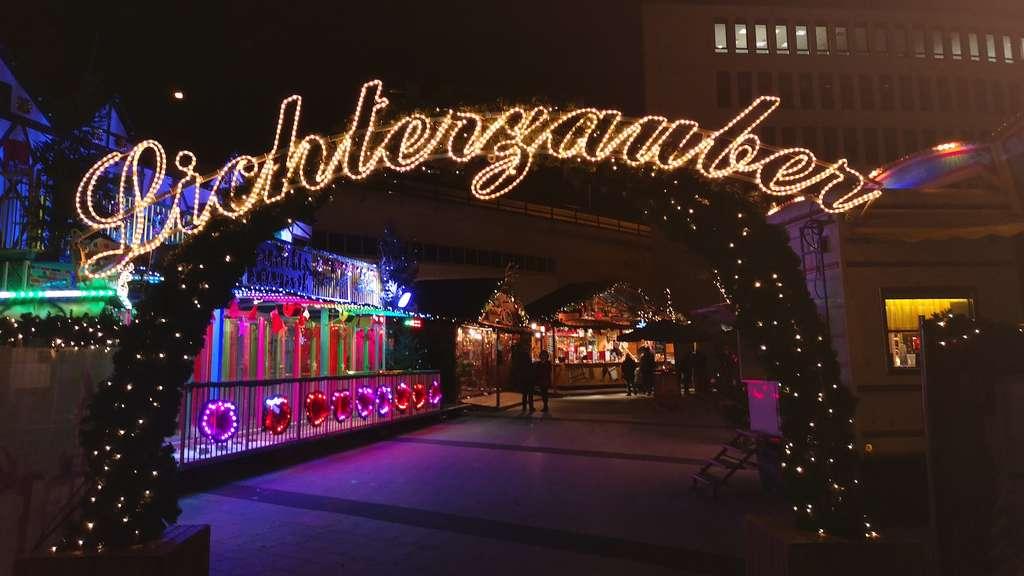 Start Weihnachtsmarkt.Ludwigshafen Mitte Start Des Weihnachtsmarkts Am Berliner Platz Und