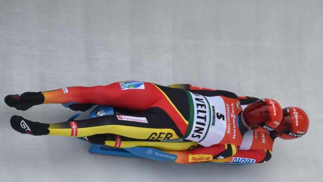 Fuhren in Winterberg zu ihrem zweiten WM-Gold: Toni Eggert (l) und Sascha Benecken. Foto: Caroline Seidel