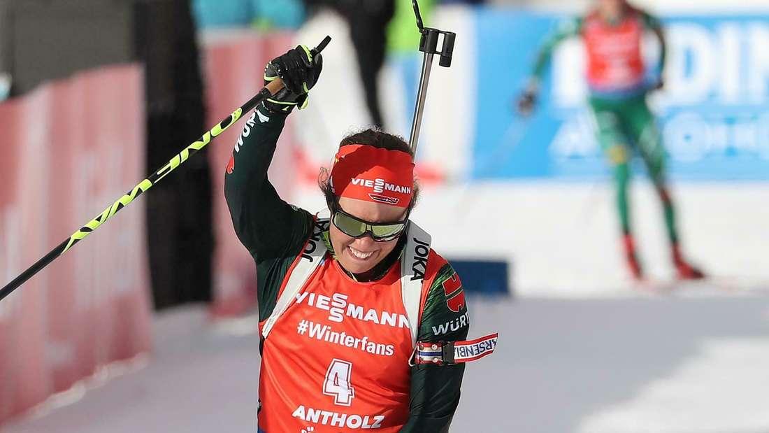 Laura Dahlmeier hat den Massenstart in Antholz gewonnen.