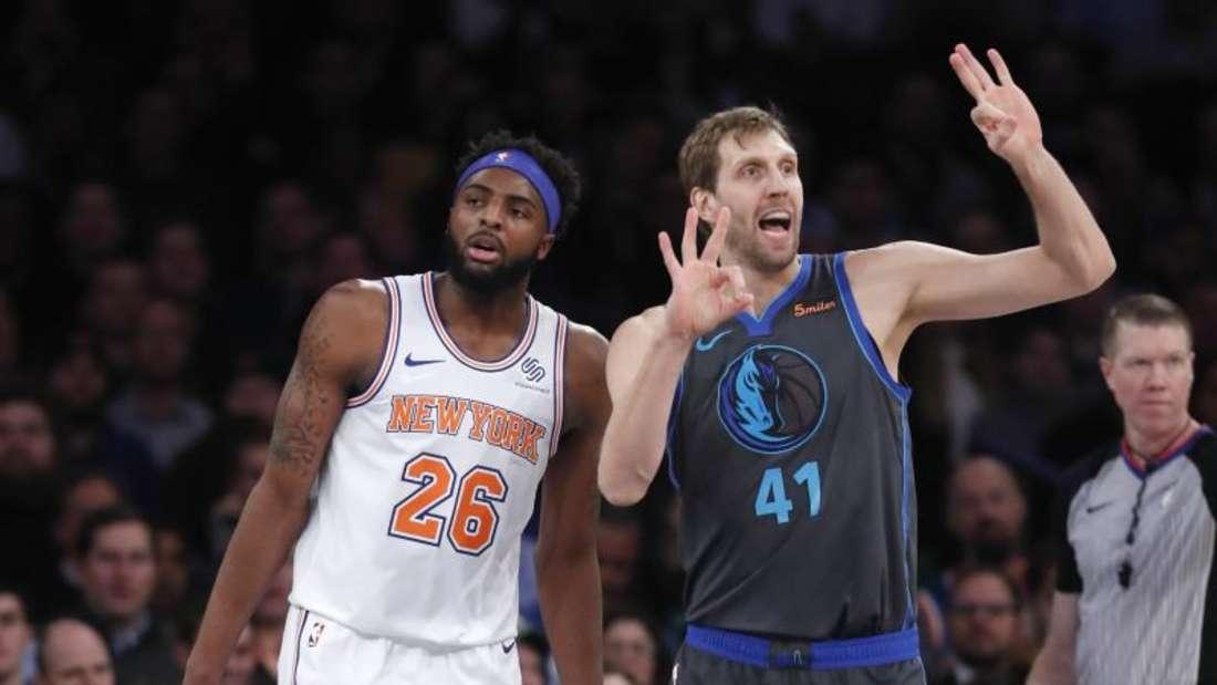 Dirk Nowitzki (r) erzielte 14 Punkte gegen die New York Knicks. Foto: Kathy Willens/AP