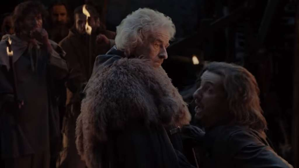 Thomas Gottschalk tötet im Game-of-Thrones-Trailer vom Neo Magazin Royale Jon Snow.