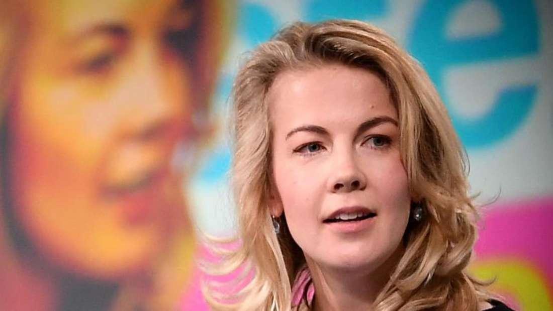 Die neue FDP-Generalsekretärin Linda Teuteberg beim 70. FDP-Bundesparteitag in Berlin: «Ostdeutschland braucht keine Sonderbehandlung und keine milden Gabe». Foto: Britta Pedersen
