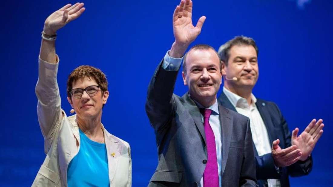 Manfred Weber, Annegret Kramp-Karrenbauer und Markus Söder inMünster. Die Unions-Parteien starten hier mit EVP-Spitzenkandidat Weber ihren Europawahlkampf. Foto: Guido Kirchner
