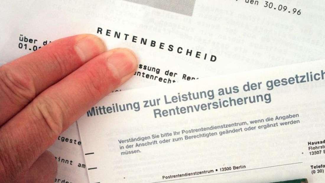Die Verbraucherzentralen fordern ein neues, staatlich organisiertes Angebot zur privaten Altersvorsorge. Foto: Jens Kalaene