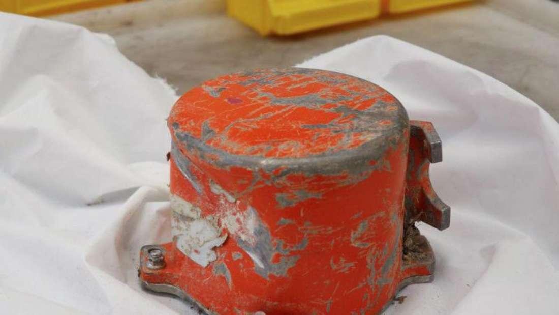 Der Cockpit Voice Recorder der abgestürzten äthiopischen Boeing 737 MAX. Foto:BEA Aero/Bureau d'Enquêtes & d'Analyses