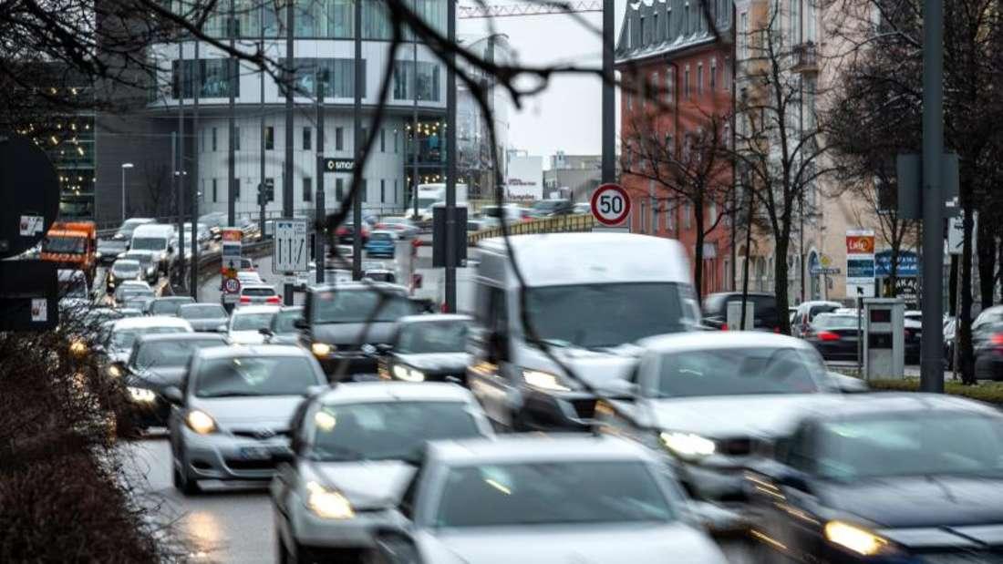 Dichter Verkehr in der Münchener Innenstadt. Foto:Sina Schuldt