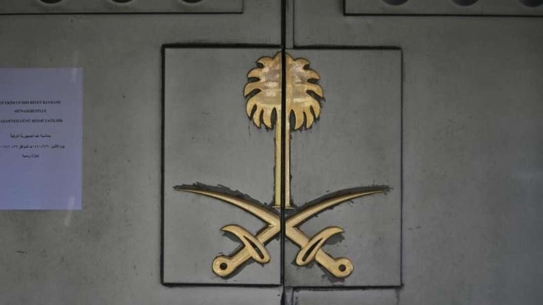 Der Eingang zum saudi-arabischen Konsulat in Istanbul. Jamal Khashoggi war Anfang Oktober hier getötet worden. Foto: Lefteris Pitarakis/AP/Archiv
