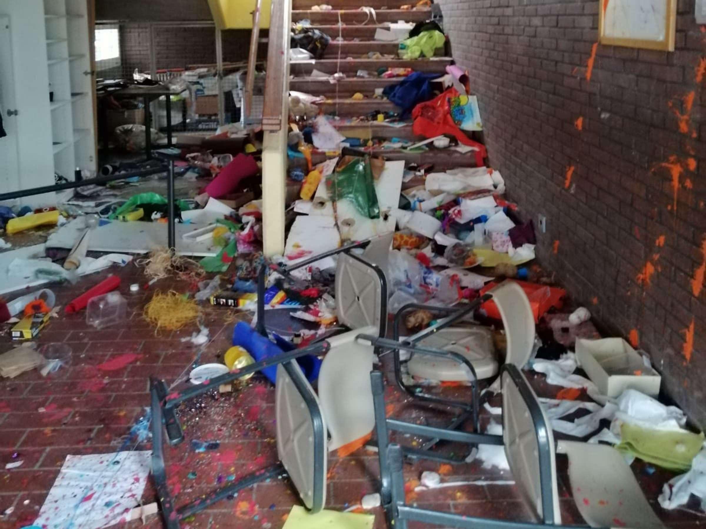 Worms: Realschule völlig verwüstet – Polizei nimmt zwei Teenager fest    Region